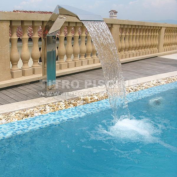 Cascata per piscina royal dolphin 300 inox larga for Piscina con cascata